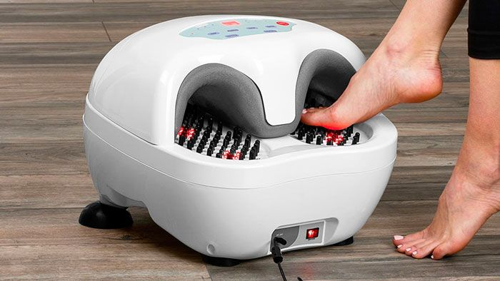 foot massager in use 32