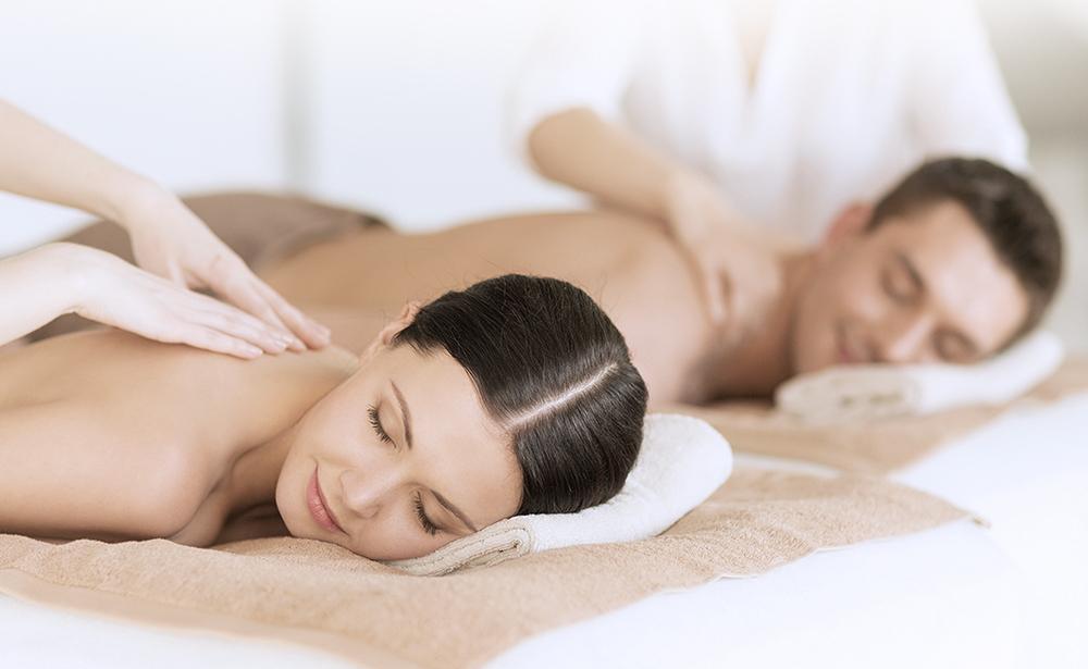 couple taking massage 10